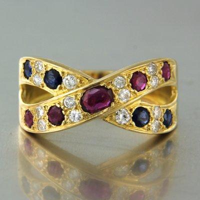 Gouden ring met saffier, robijn en 0.30 ct diamant
