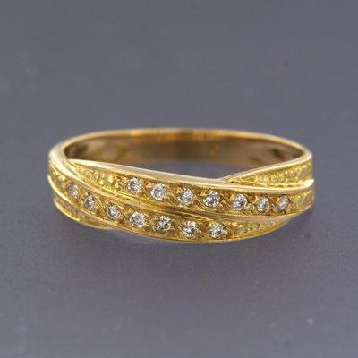 Gouden ring met 0.14 ct diamant