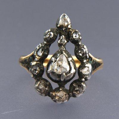 Goud met zilver ring met 0.70 ct diamant