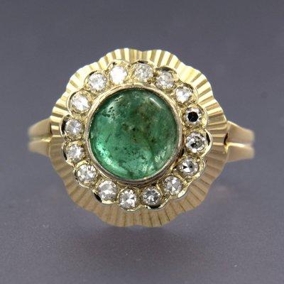 Gouden ring met smaragd en 0.40 ct diamant