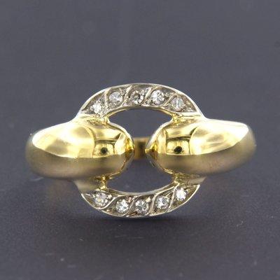 Bicolour gouden ring met 0.10 ct diamant