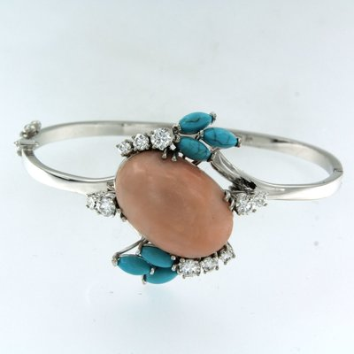 Witgouden scharnierarmband met koraal, turquoise en 1.40 ct diamant