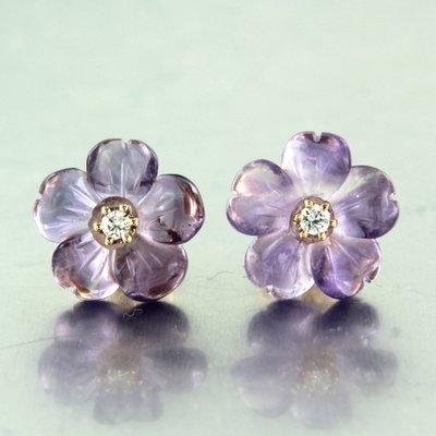 Roségouden oorbellen met bloemmotief amethist en 0.06 ct diamanant