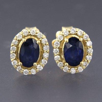 Gouden oorbellen met saffier en 0.24 ct diamant