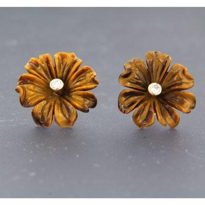 Roségouden oorbellen met bloemmotief tijgeroog en 0.12 ct diamant