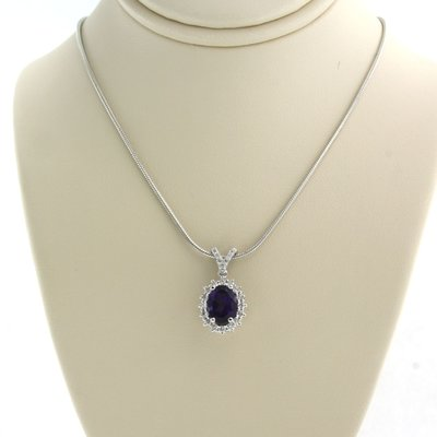 White gold necklace with amethyst and 0.30 ct diamond