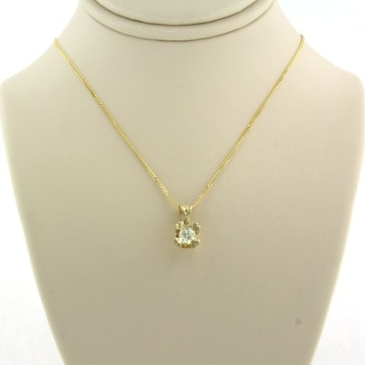 Gold necklace with 0.23 ct diamond