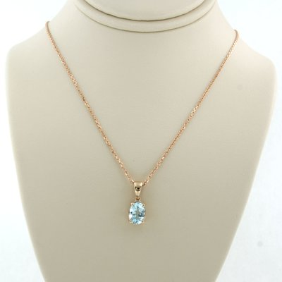 Rose gold necklace with 0.95 ct topaz