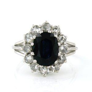 Witgouden ring met 2.30 ct saffier en 0.60 ct diamant