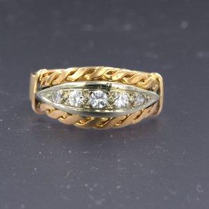 Gouden Retro ring met 0.20 ct diamant